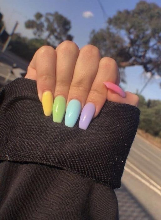 pastel decorated nail designs