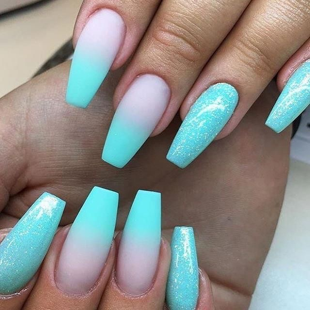 ombré aguamarine decorated long nail designs