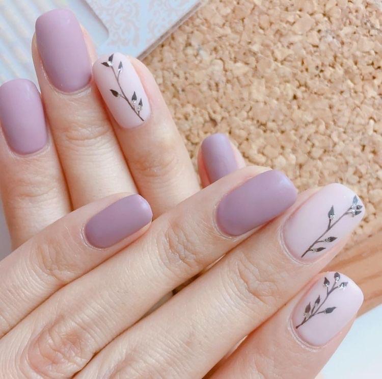 uñas delicadas rosa- uñas cortas - diseños de uñas decoradas