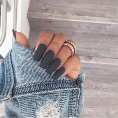 uñas gris mate - diseños de uñas decoradas
