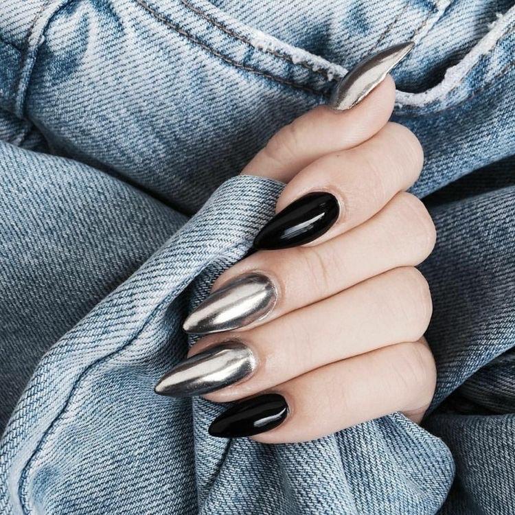 black nails mirror effect - perfect nails - decorated nails - trendy nail designs -