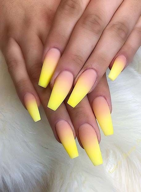 yellow ombré nails kylie jenner nails - perfect nails - decorated nails - trendy nail designs -
