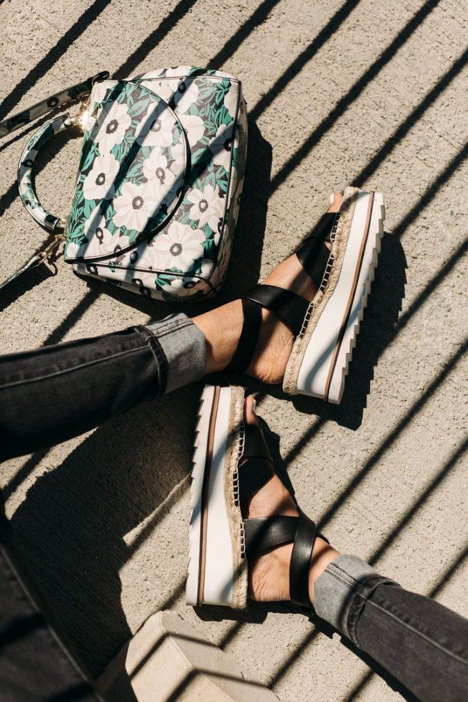 sandalias de verano mujer - moda verano - calzado veraniego- sandalias mujer bershka platadorma