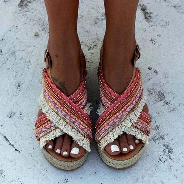 sandalias de verano mujer - moda verano - calzado veraniego- sandalias mujer planas bershka