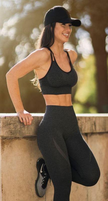 7 Tipos de ropa FITNESS que te ayudarán a ver resultados