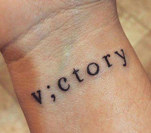 Qué significado tienen los Tatuajes de Punto y Coma_ jpeg