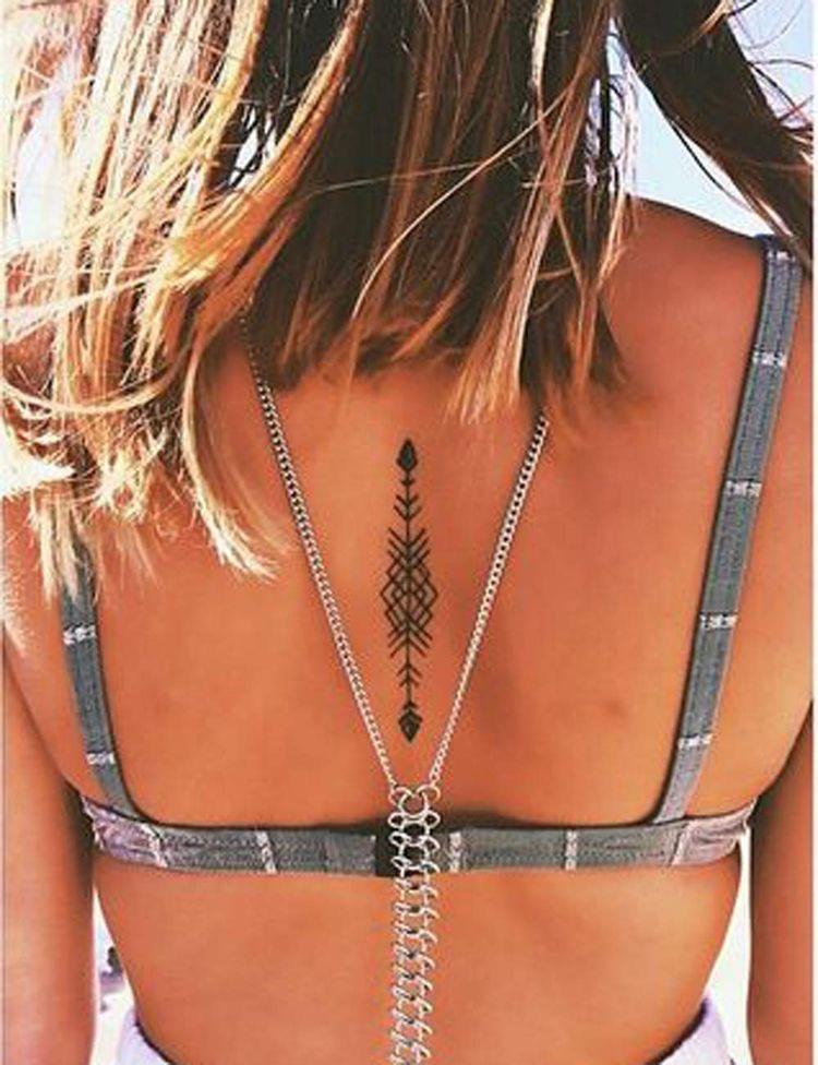 Tatuajes para mujeres en la espalda sexy