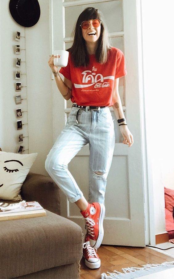 Outfits con converse plataformas rojas