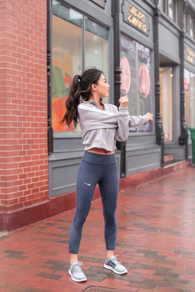 Tipos de ropa FITNESS que te ayudarán a ver resultados mujer