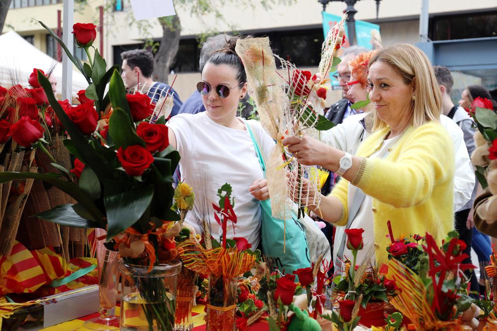 La tradición del día de Sant Jordi