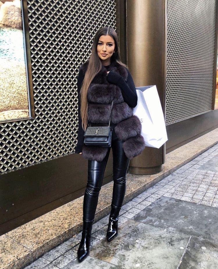 outfit invierno 2020 abrigo negro