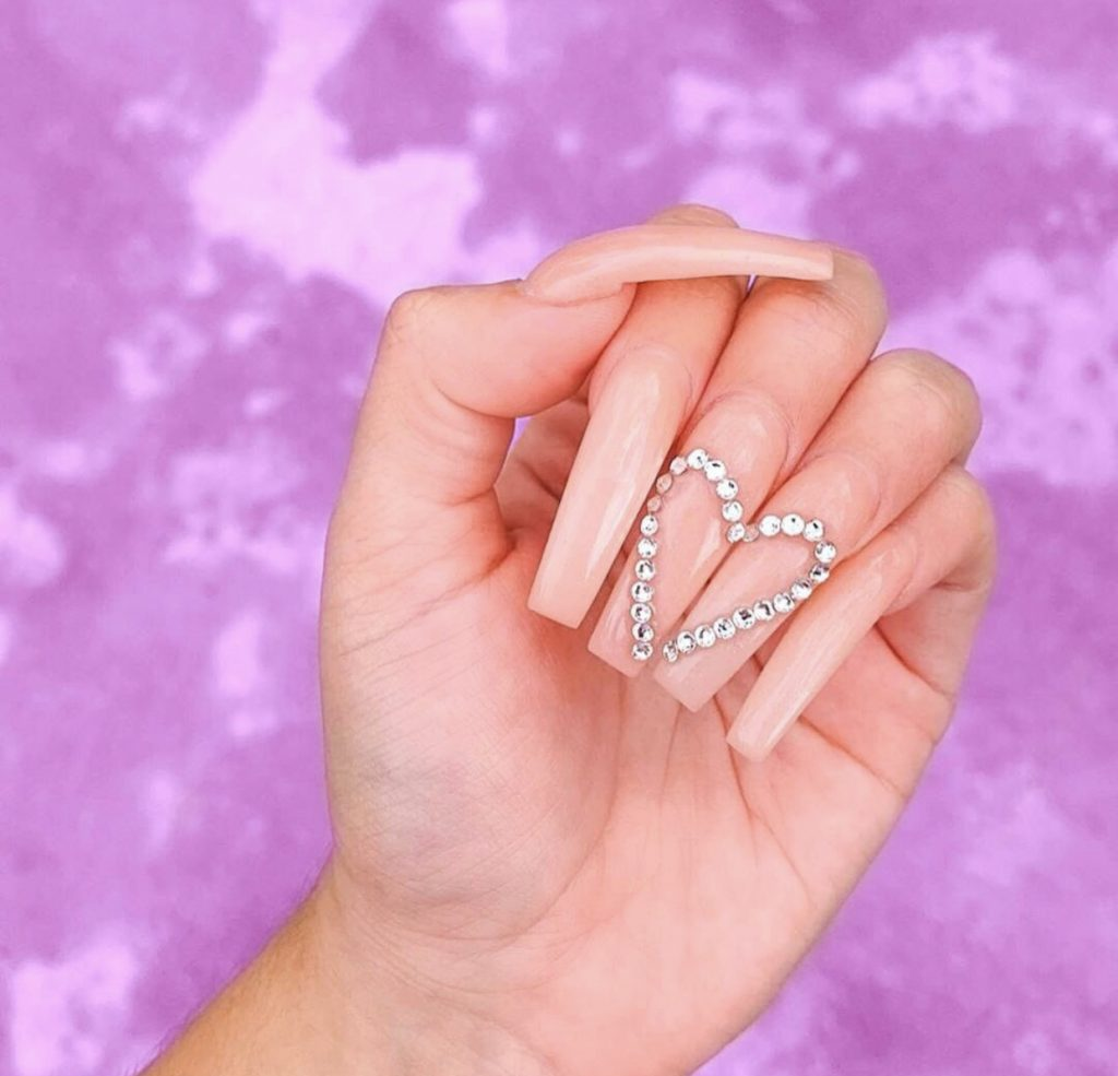el diseño mas trendy de uñas - Valentine's Day Nail Designs