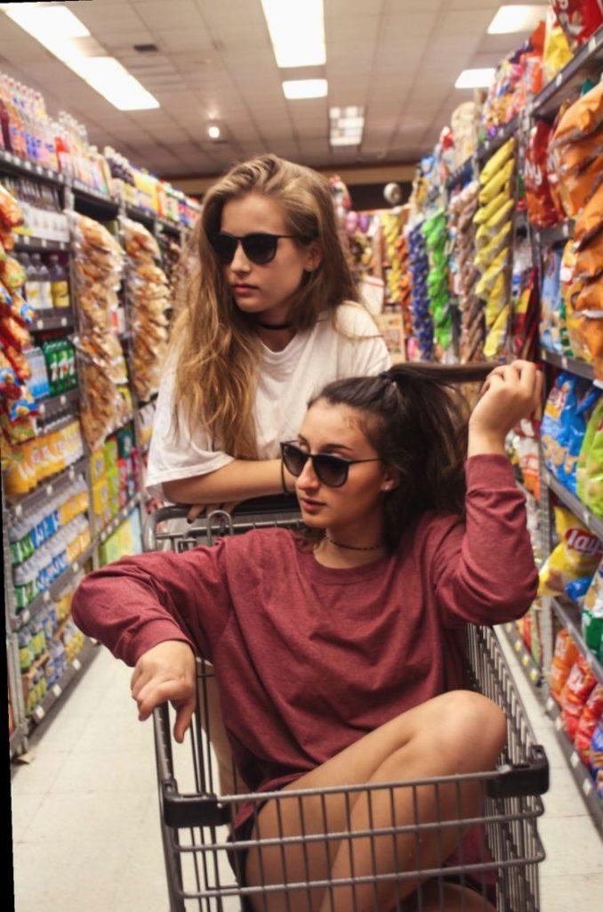 fotos tumblr para imitar con amigas en el supermercado