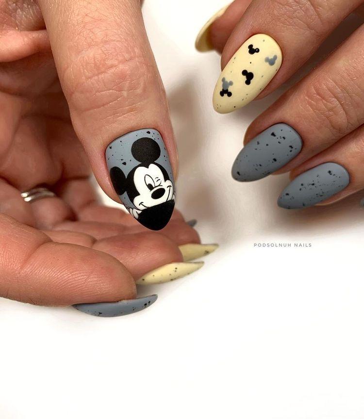 Uñas princesa Disney - uñas Disney navidad - Uñas Disney largas - uñas acri�licas Disney - uñas Minnie - uñas mickey - uñas tusa tusa Disney - uñas princesas Disney